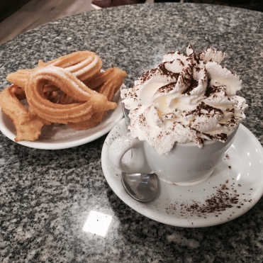 churros & chocolate caliente
