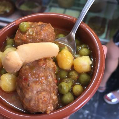 meatballs, chickpeas, peas, & breadsticks
